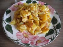 Unter 30 Minuten : Bratkartoffeln mit Knoblauch und Zwiebeln dazu Tomaten - Rezept