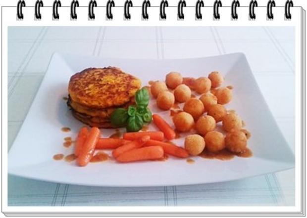 Kohlrabi-Möhre Puffer mit Baby Möhren und Kartoffelbällchen dazu - Rezept - Bild Nr. 17