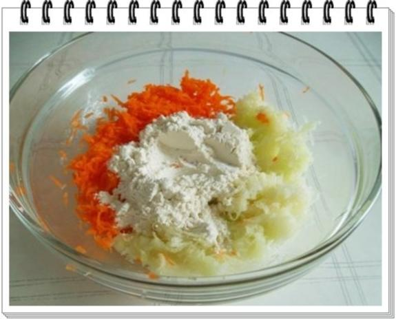 Kohlrabi-Möhre Puffer mit Baby Möhren und Kartoffelbällchen dazu - Rezept - Bild Nr. 8