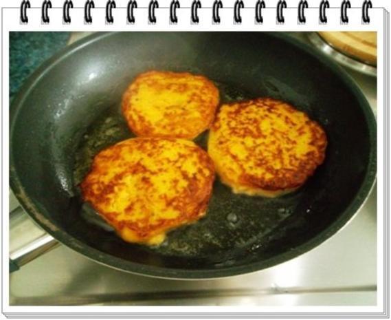 Kohlrabi-Möhre Puffer mit Baby Möhren und Kartoffelbällchen dazu - Rezept - Bild Nr. 15