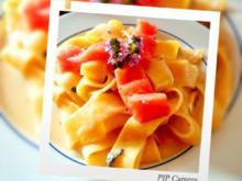 Nudeln mit Gorgonzola Sösschen und Lachsstreifen - Rezept