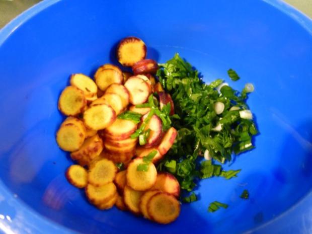 Leber, mariniert, paniert, gewokt und mit Salat - Rezept - Bild Nr. 8