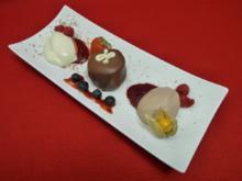 Dunkle und helle Mousse-au-Chocolat und selbstgebackene Herrentorte - Rezept