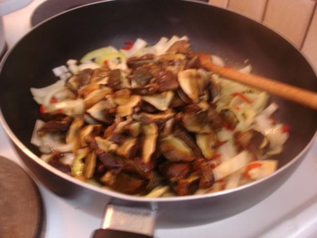 Chinesische Mie-Nudeln mit Pilz-Gemüsemischung - Rezept - Bild Nr. 6