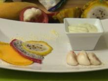 Fruta tropical con crema de coco y aguacate (Don Cali) - Rezept