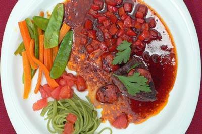 Straußenfilet in Chorizosoße - Rezept