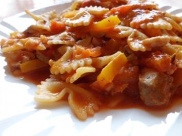 Eintopf: Gemüse-Fisch-Ragout mit Nudeln - Rezept