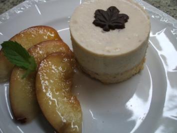 Dessert: Nektarinen-Pannacotta mit marinierten Nektarinen - Rezept