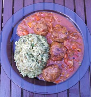 Albondigas (mexikanische Hackbällchen) mit grünem Reis - Rezept