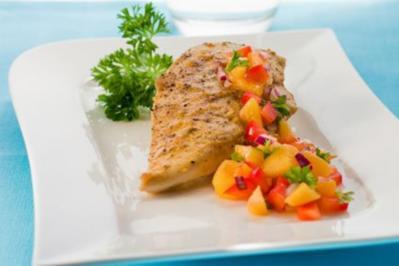 Hähnchenschnitzel in Mango-Sojasauce mit Gemüse und Naturreis - Rezept