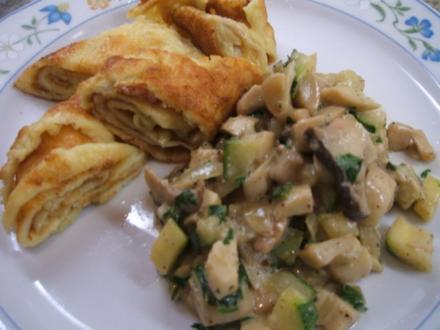 Pilze: Kräuterseitlinge mit Zucchini zu Pfannkuchenröllchen - Rezept