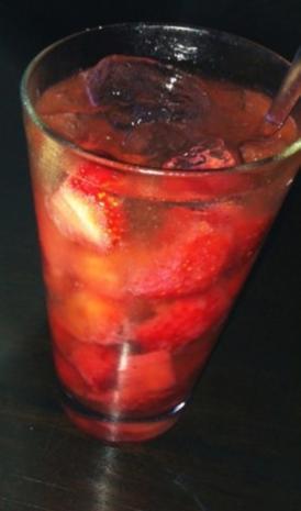 Sommerlicher Salat mit Erdbeeren - Rezept - Bild Nr. 3