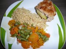 Menü : Zucchinisuppe,Schnitzel gefüllt an Ebly & Gemüse. - Rezept
