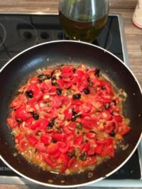 Spaghetti alla puttanesca mit Sardellen-Tomatensosse - Rezept