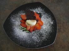 Kaffee-Panna Cotta - Erdbeeren - schwarze Schokolade - Rezept