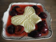 Dessert : Vanillepudding an gedünsteten Pflaumen - Rezept