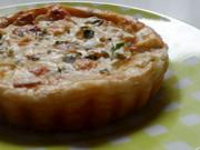 Snack/Vorspeise: Herzhaft-fruchtige Käse-Weintrauben-Tartelettes - Rezept