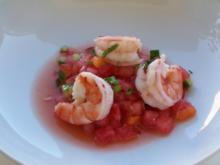 Melonensalat mit Knoblauchgarnelen - Rezept