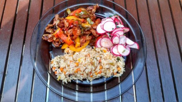 Rind, Schwein & Paprika geschnetzeltes mit Gemüsereis - Rezept - Bild Nr. 11