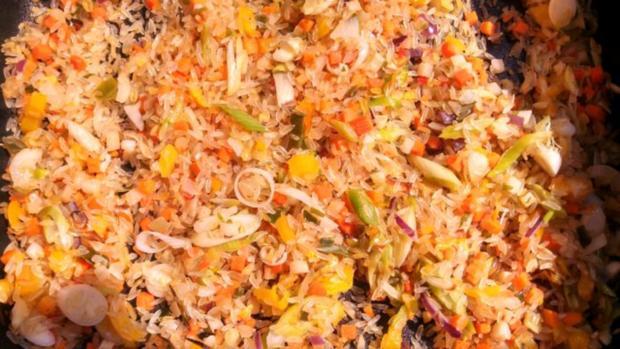 Rind, Schwein & Paprika geschnetzeltes mit Gemüsereis - Rezept - Bild Nr. 10