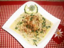 Zucchini-Hack-Käsesuppe - Rezept