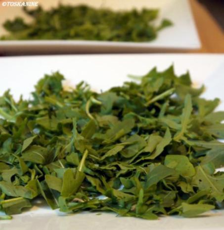 Hähnchenbrust in Pancetta auf sommerlichem Salat - Rezept - Bild Nr. 6