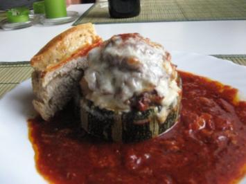 Zucchini-Hackfleisch-Törtchen - Rezept