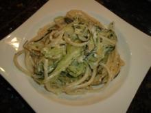 Zucchini-Spaghetti mit Feta - Rezept