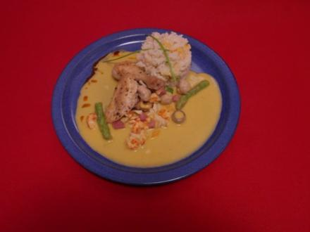 Edles Bremer Stubenkükenragout mit Spitzmorcheln und Flusskrebsen an Reis - Rezept