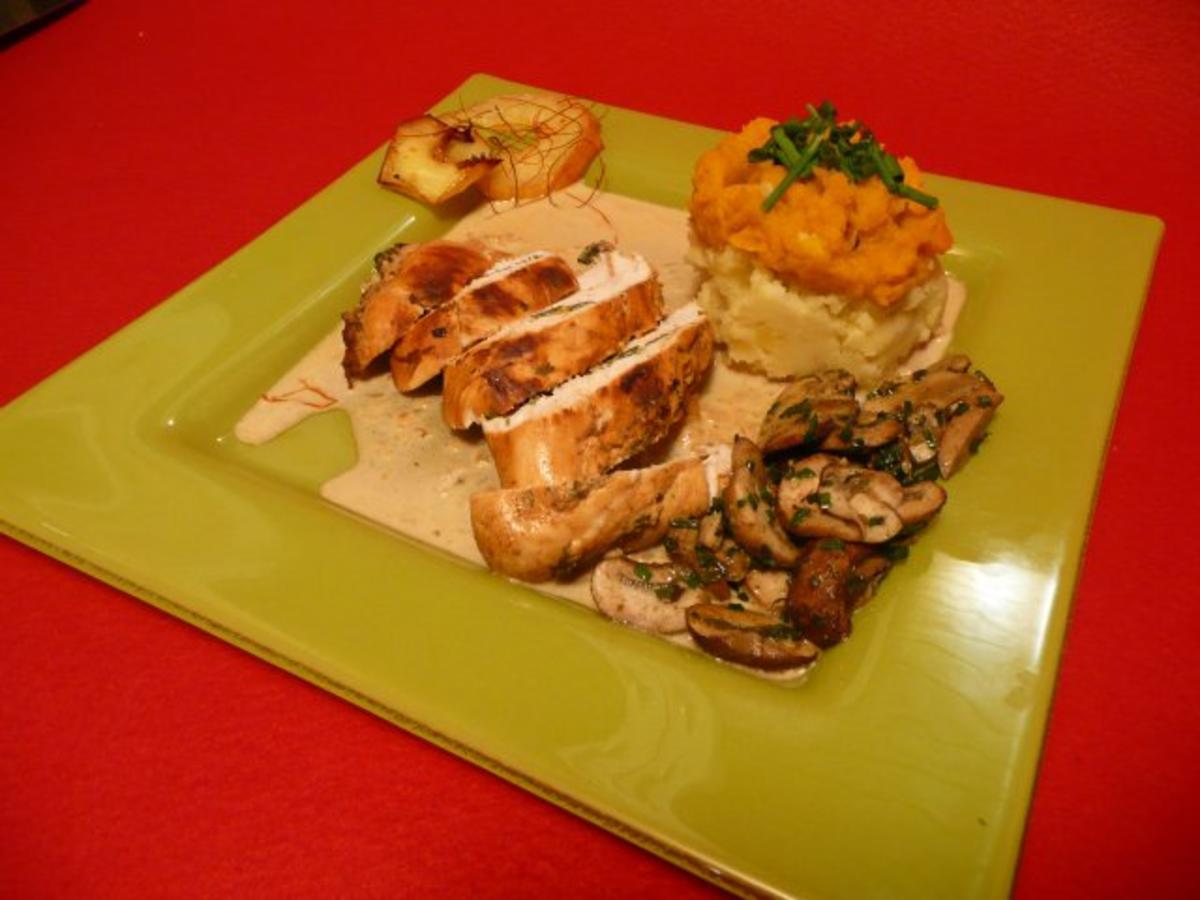 Äppelwoi-Hinggel mit Quendel-Schnidlauch-Galgant-Champignons mit gegrillten Äppel-Scheiben - Rezept Durch Das perfekte Dinner