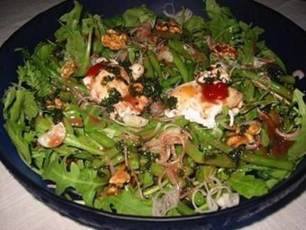 Bohnen-Rucola-Salat mit Verlorenen Eiern - Rezept