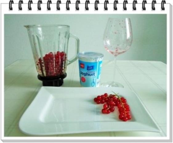 Erfrischend &  vitaminreich Johannisbeeren Shake  zum auslöffeln - Rezept - Bild Nr. 6