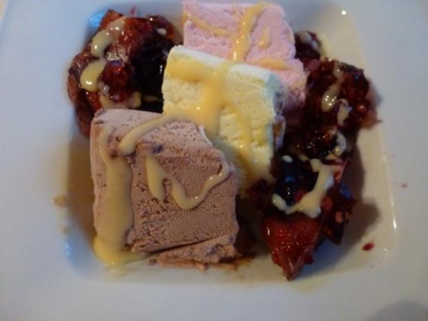 Fruchtiger Wackelpudding mit Vanillesauce - Rezept - Bild Nr. 4