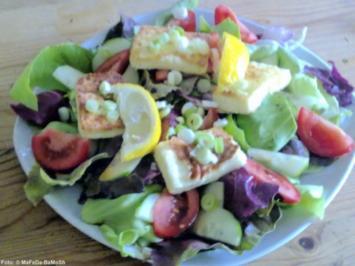 Flambierter Feta auf Salat - Rezept