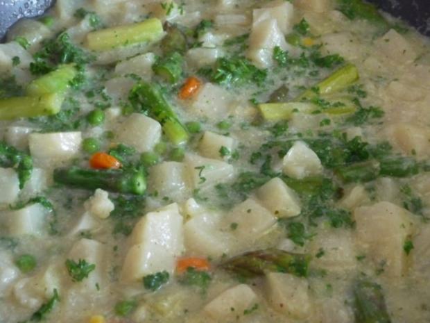 Suppen & Eintöpfe :  Kohlrabi – Spargel – Suppe - Rezept