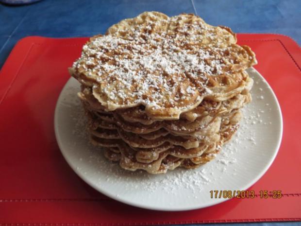 Kuchen: Walnuss-Cremefraiche-Waffeln - Rezept - Bild Nr. 4