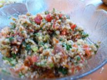Ein Bulgursalat zu gegrilltem und ein Dessert für hinterher - Rezept