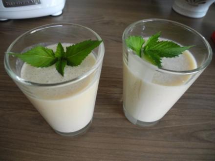 Dessert :  Bananen - Milch - Shake - Rezept