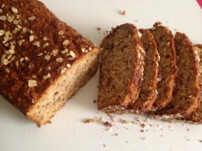 Haferflocken - Wallnuss - Brot (ohne Hefe) - Rezept