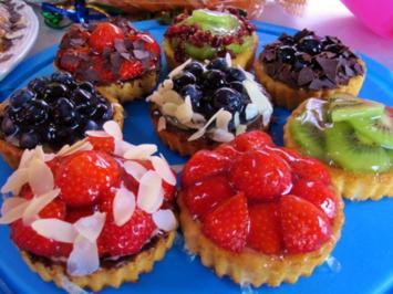 Rezept: Kesse Obst-Törtchen für ein Geburtstags-Kind ...
