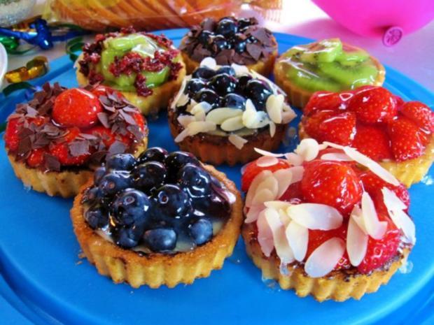 Kesse Obst-Törtchen für ein Geburtstags-Kind ... - Rezept - Bild Nr. 4