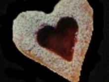 Nuss-Herzen mit Himbeerkonfitüre - Rezept