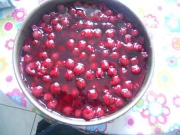 Sahne - Quark - Traum mit Kirschen - Rezept