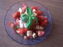 Tomaten- Schafskäsesalat - Rezept
