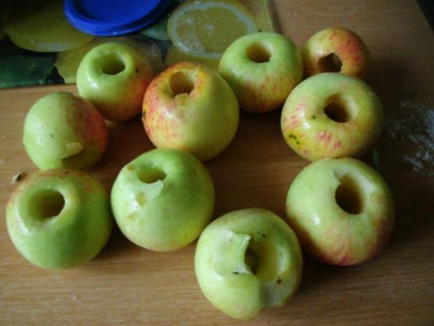 Apfelkuchen mit Pudding und Streusel - Rezept - Bild Nr. 8