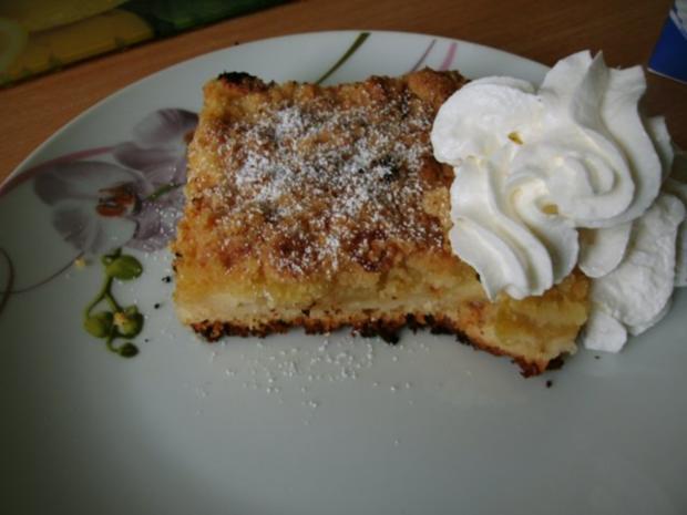 Apfelkuchen mit Pudding und Streusel - Rezept