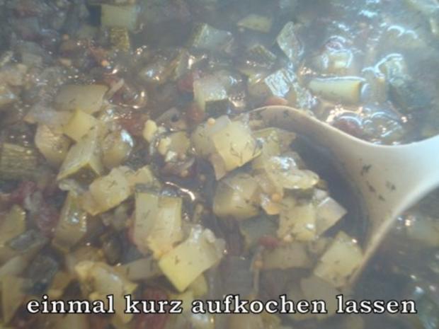 Zucchinichutney mit Rosinen-Ingwer-Kardamom - Rezept - Bild Nr. 8