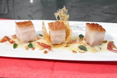 48 Stunden Sous-Vide gegarter Schweinebauch  auf Kohlrabi Carpaccio - Rezept