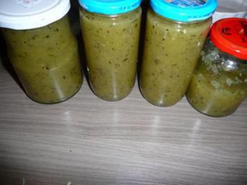 Zucchini - Birnen- Apfel- Chutney - Rezept