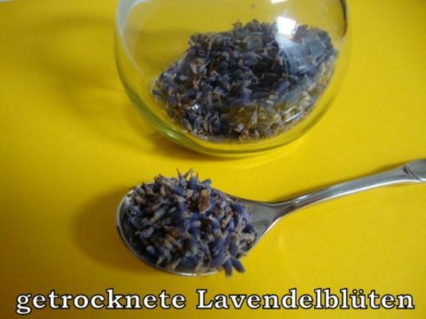 Aprikosen Konfitüre mit Mandeln-Lavendel und Honig - Rezept - Bild Nr. 4